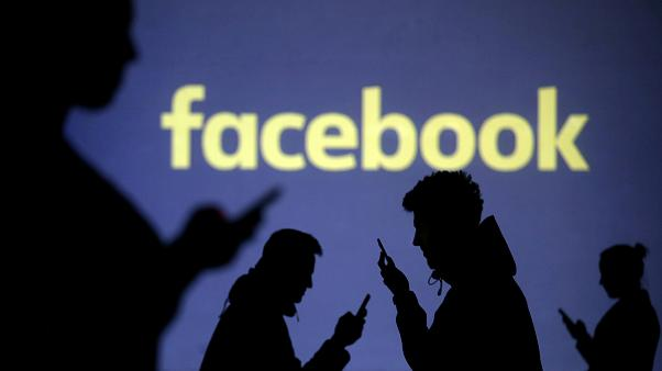 Facebook come impostare la privacy nei gruppi